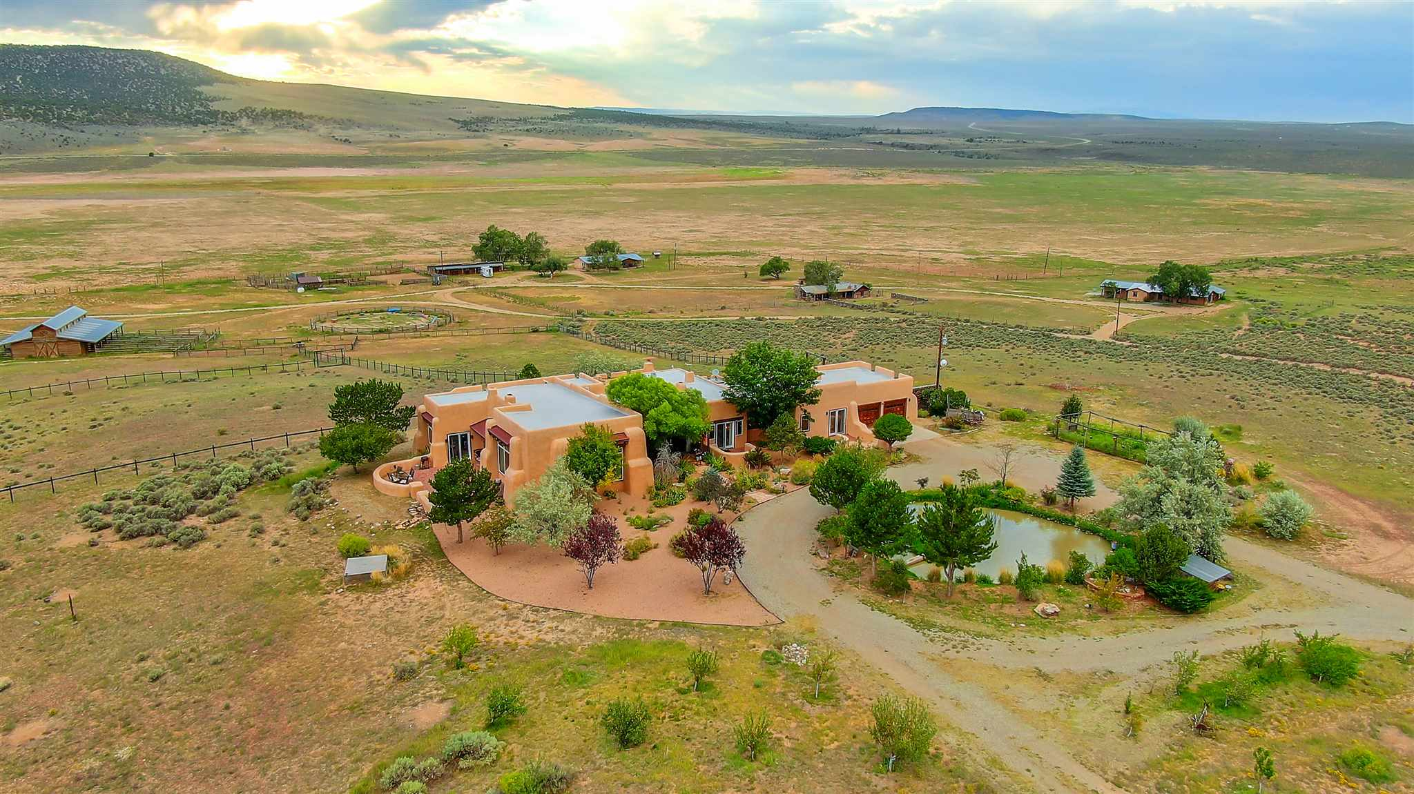 23833 Hwy 64 Double D Ranch, Taos