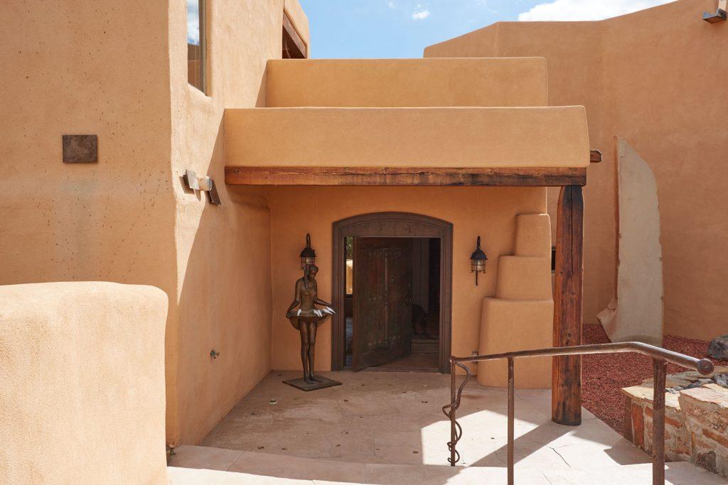 4_door_entrance_20a9908