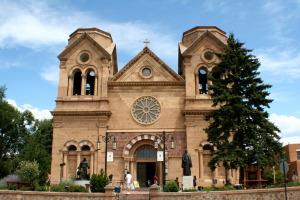 Cathedral_of_St._Francis_Santa_Fe_New_Mexico-300x200