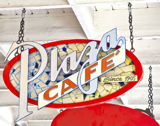 plaza-cafe-sign